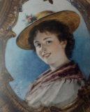 EW 0461 – Lächelnde Frau mit Strohhut
